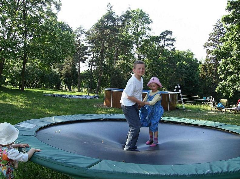 Ćwiczenia na mini-trampolinie